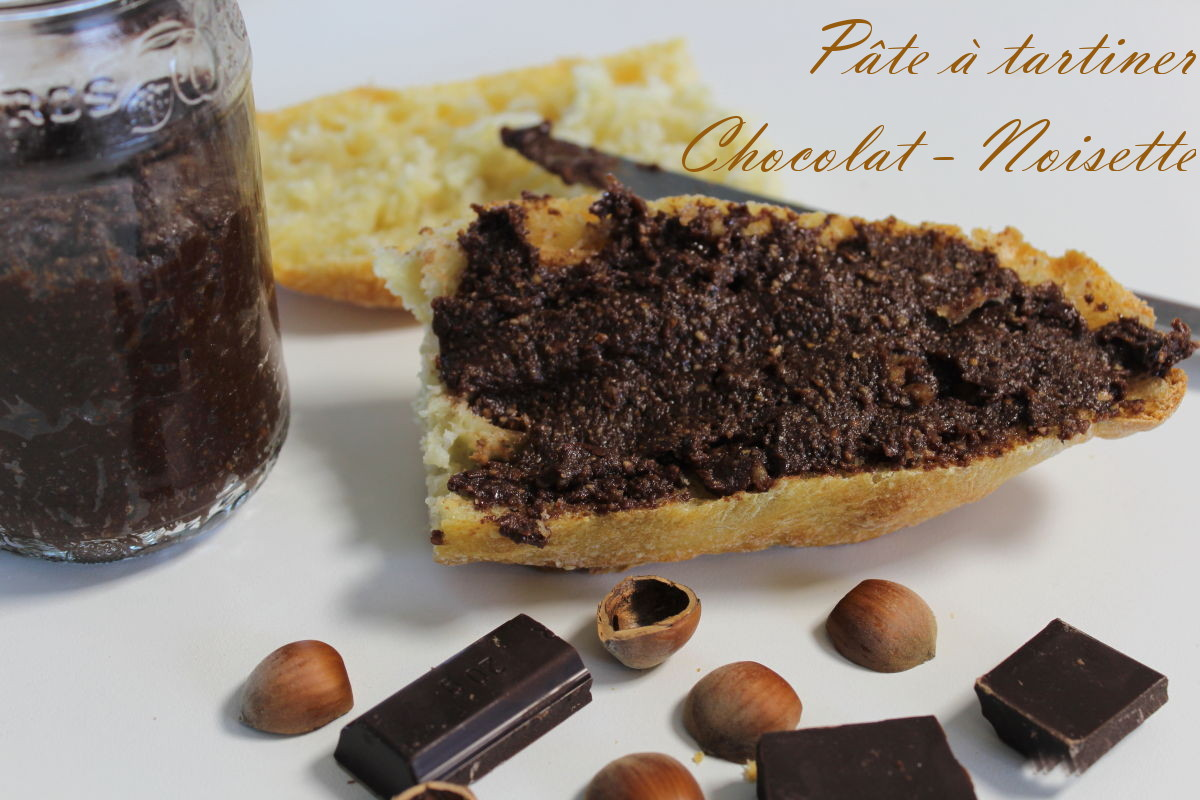 Photo de mise en avant de la pâte à tartiner chocolat, noisette maison