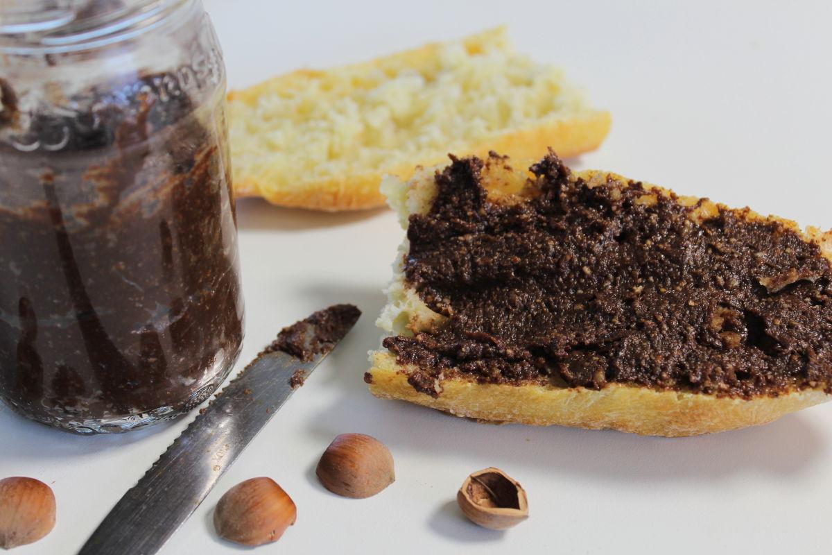 Pâte à tartiner chocolat, noisette maison
