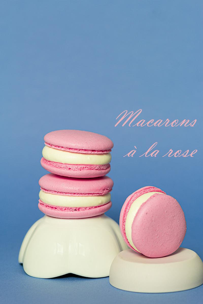 macarons à la rose pour octobre rose